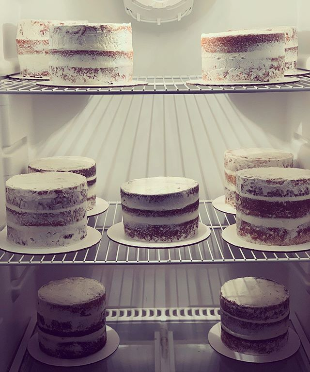 #SemiNaked mini's are the only fridge clutter I love to see. #tresleches #funfriday #nakedcakes #minicakes #cancon #candidconfections #cakestagram