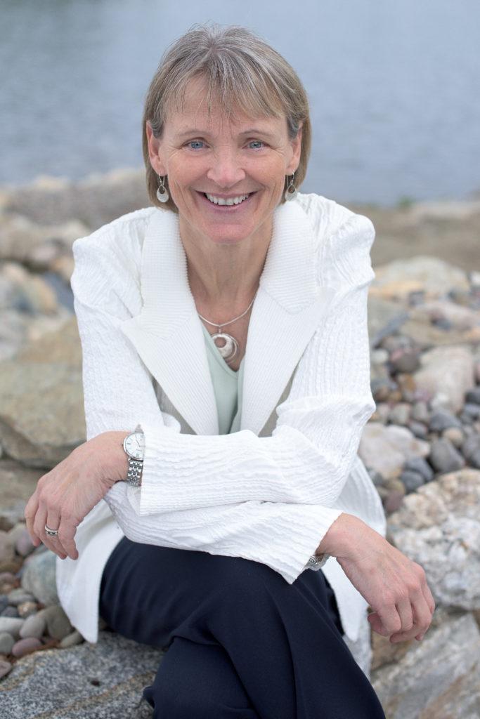 Dr. Maura Cullen
