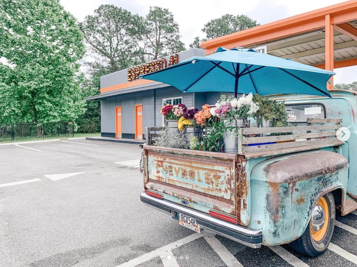 Belle's Flower Truck.png