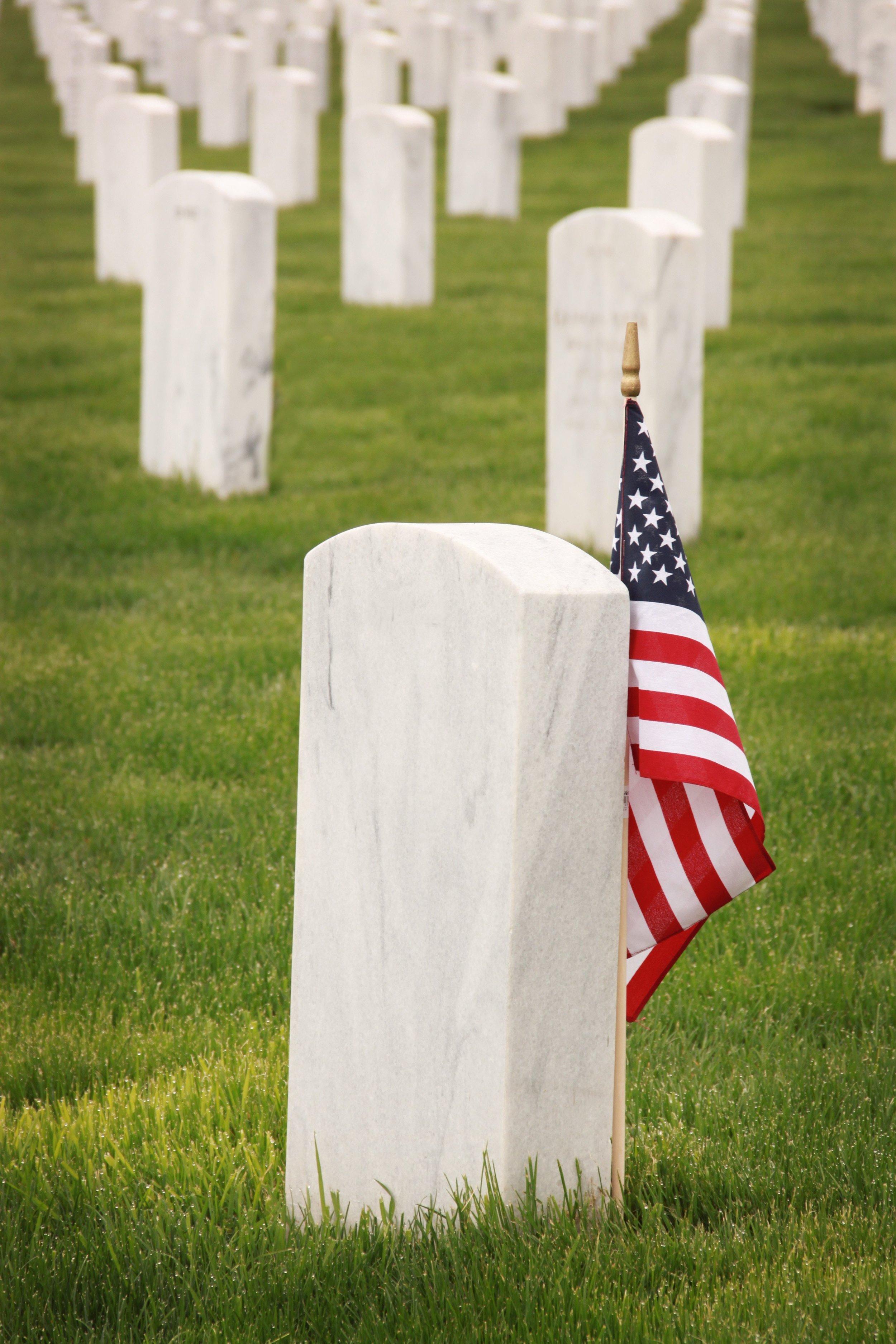 america-american-flag-burial-1202705.jpg