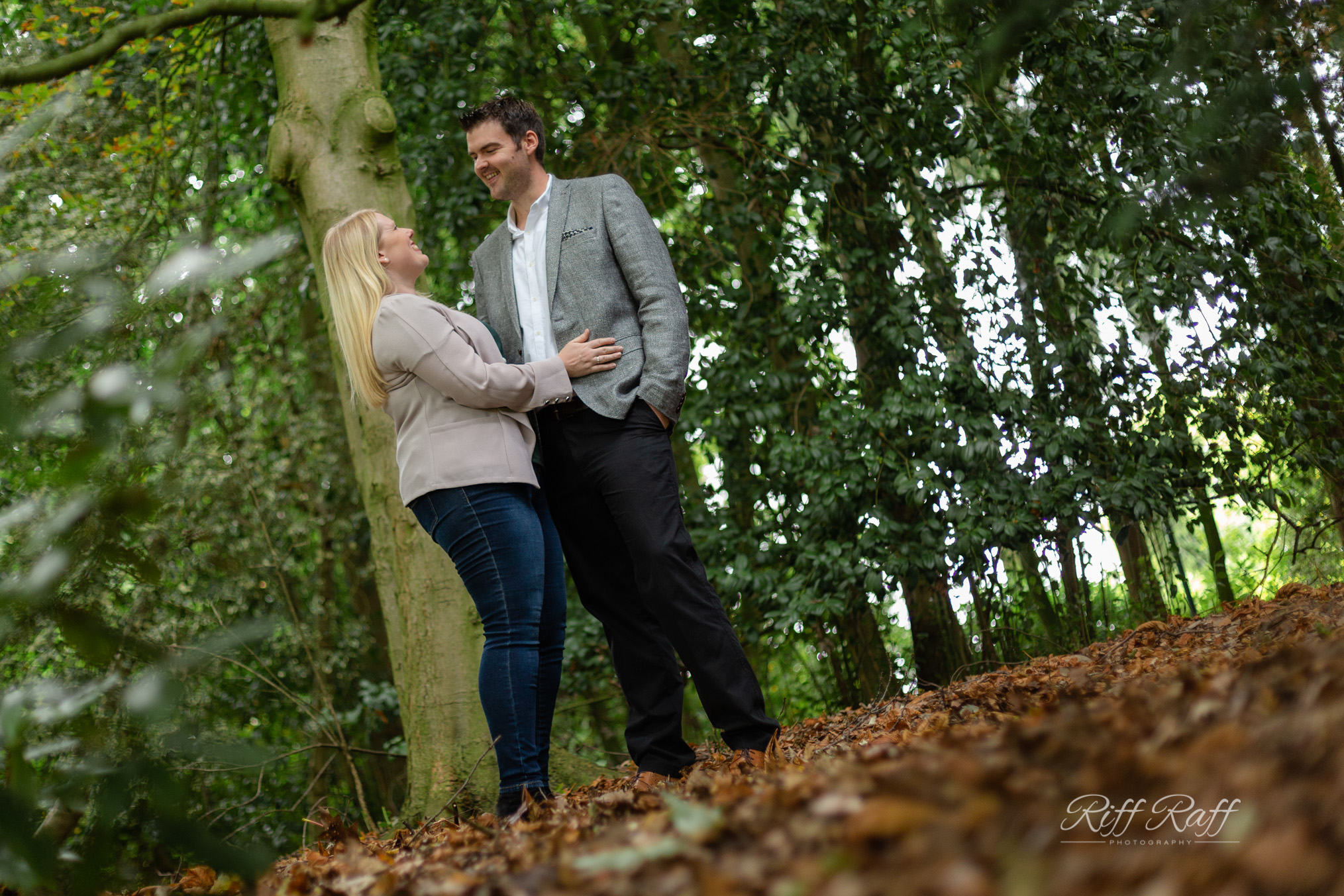 Fiona & Adam Engagement Shoot Blog-014.jpg