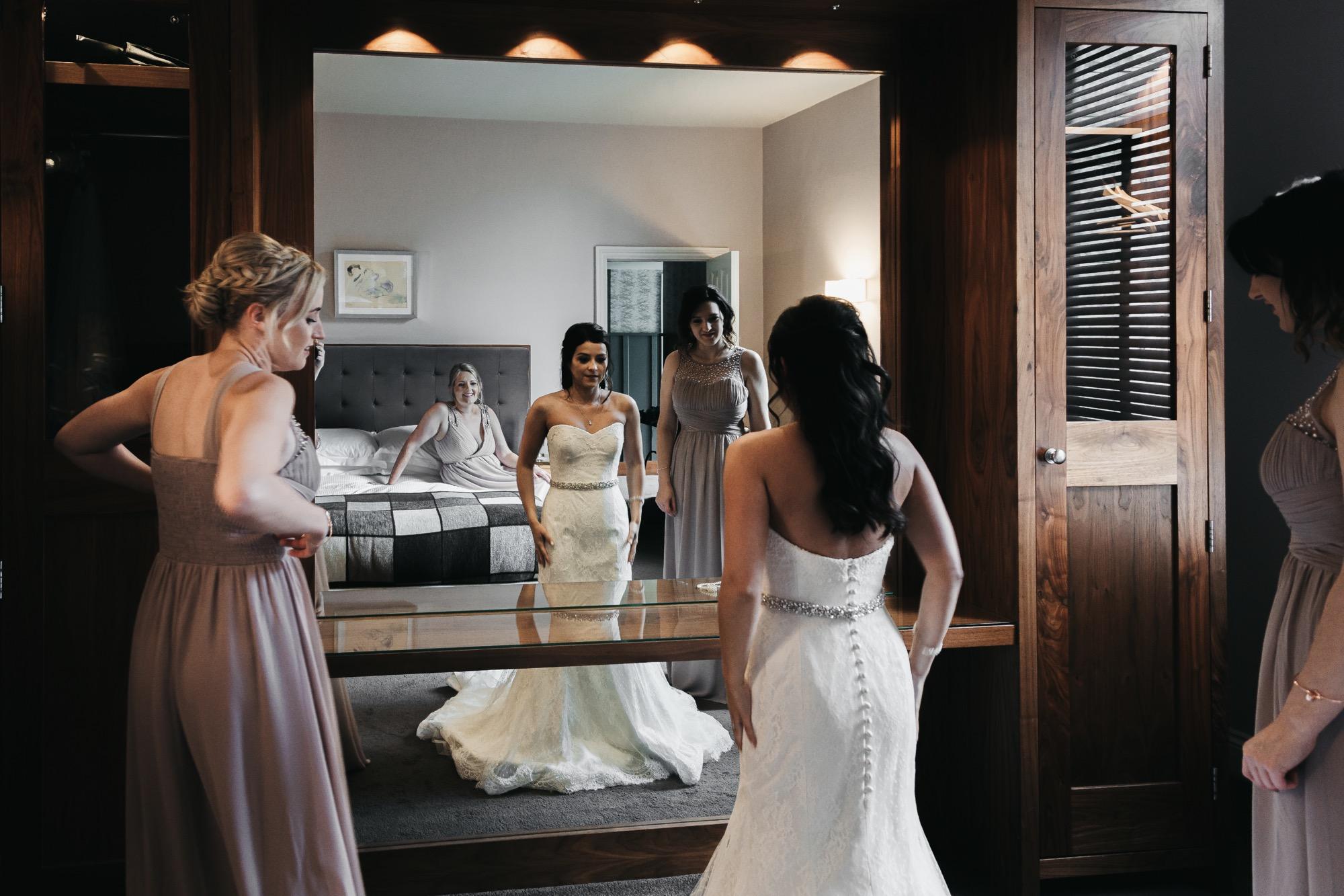 Becki & Alex Wedding Blog-041_2000X1333.jpg