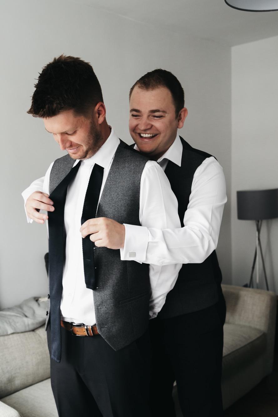 Becki & Alex Wedding Blog-063_889X1333.jpg