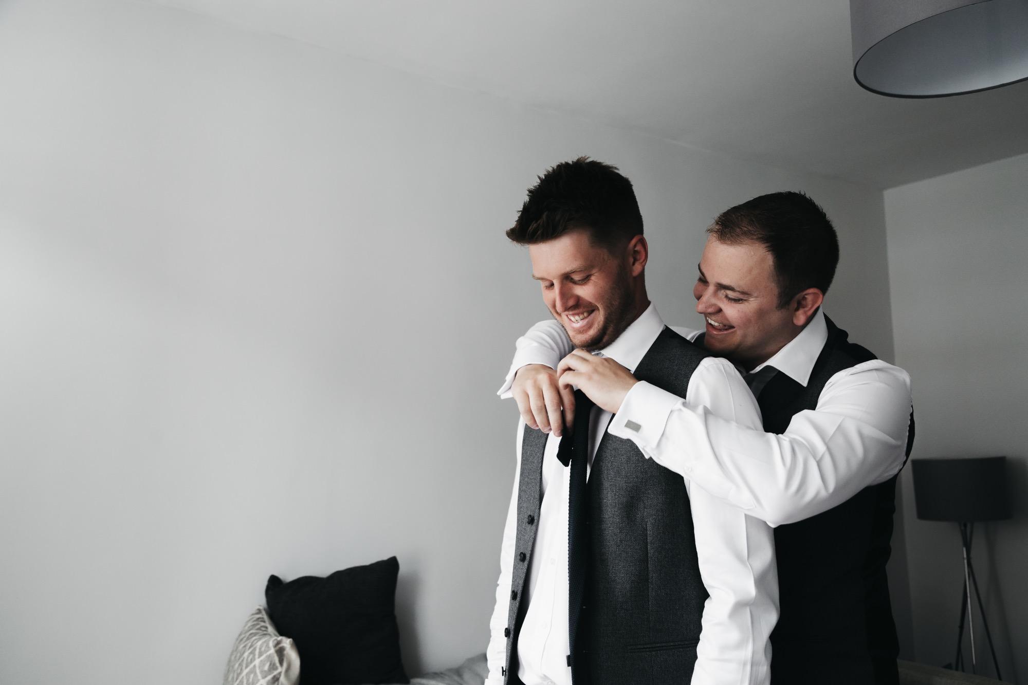 Becki & Alex Wedding Blog-064_2000X1333.jpg