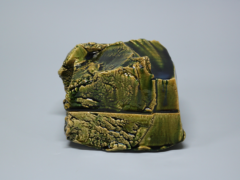 HIGASHIDA Shigemasa Oribe Box2 1.jpg