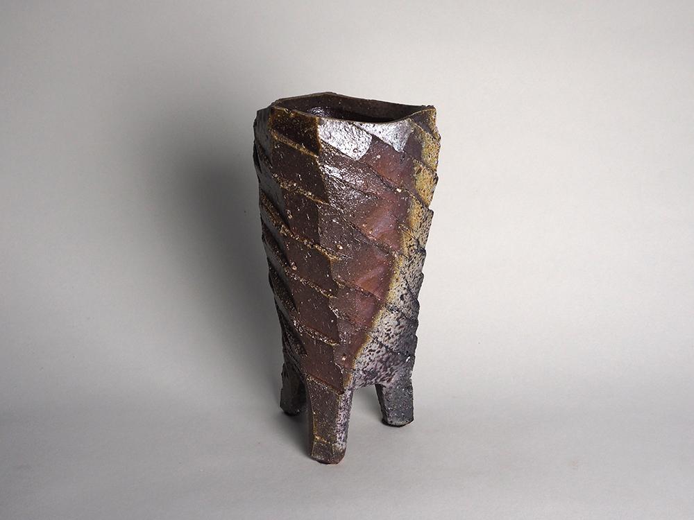 WAKIMOTO Hiroyuki Footed Vase1.jpg