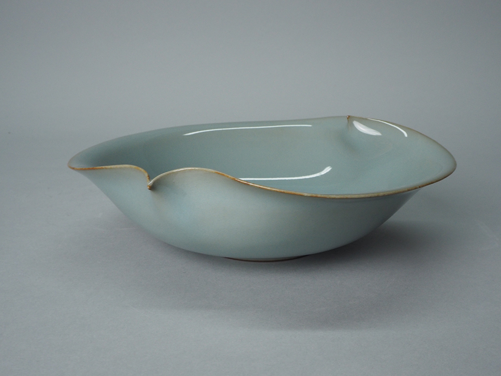 KAWASE Shinobu Small Bowl3.JPG