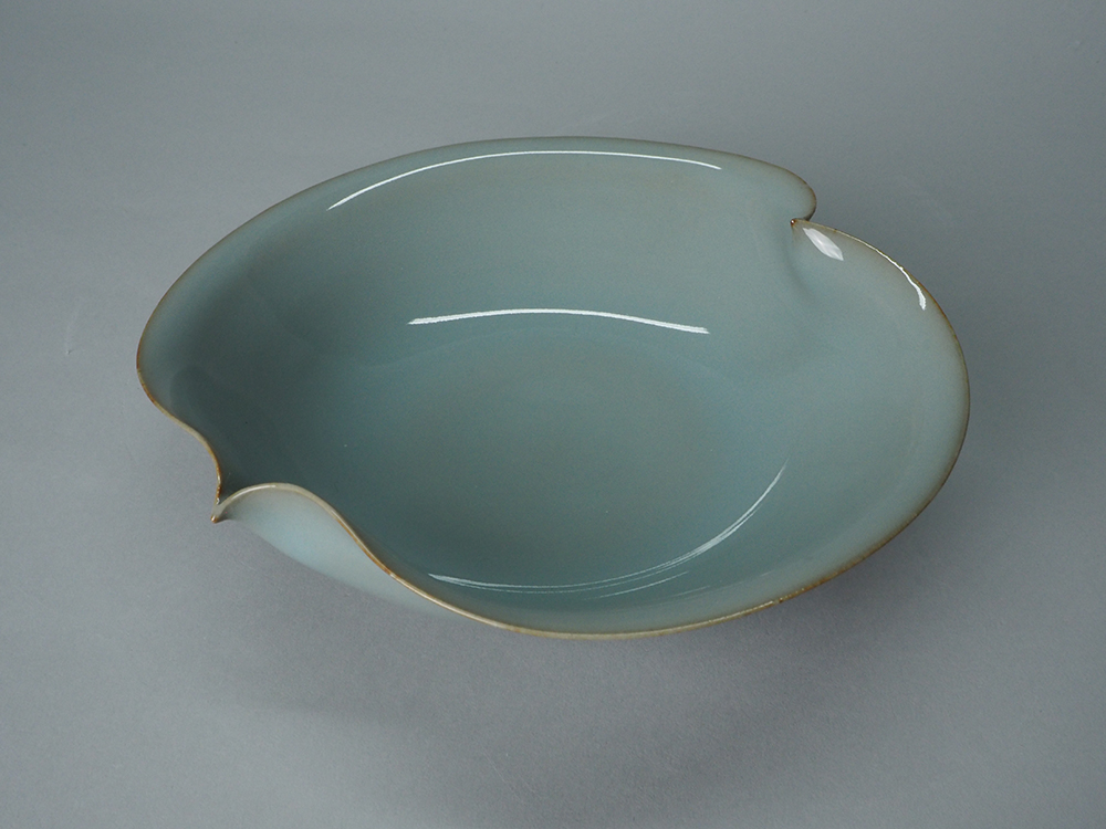 KAWASE Shinobu Small Bowl4.JPG
