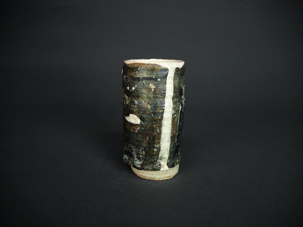 KIM Hono Black and White Cup 2-1.jpg