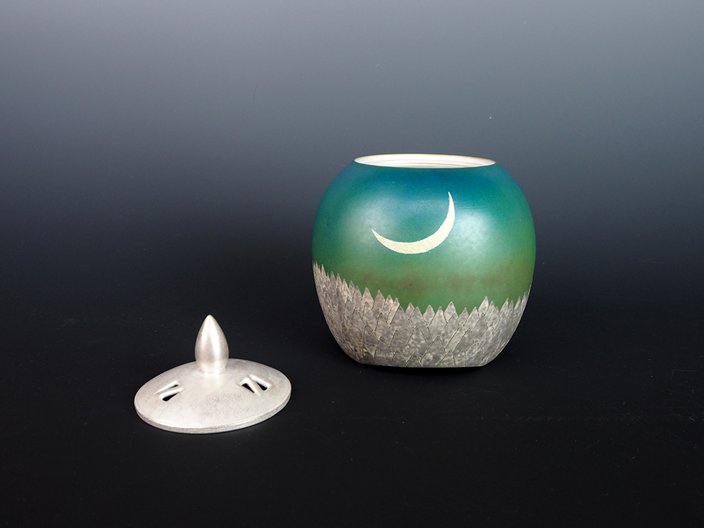IDOGAWA moon-5.jpg
