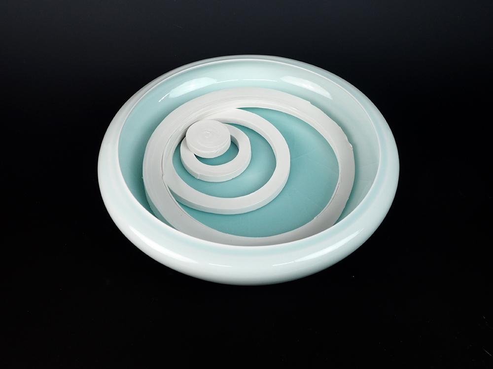 "KATO Tsubusa Porcelain Sculpture ""Next-Moon%22No.11-1.jpg"