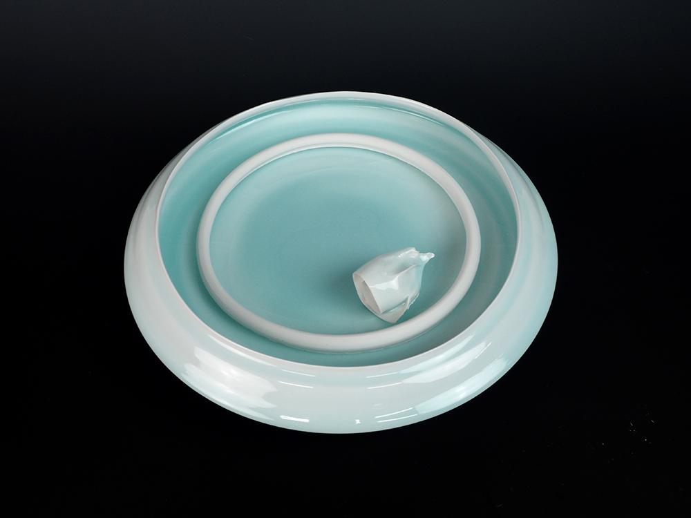 KATO Tsubusa Porcelain Sculpture %22Sapporo-Moon%22 No.7-6.jpg