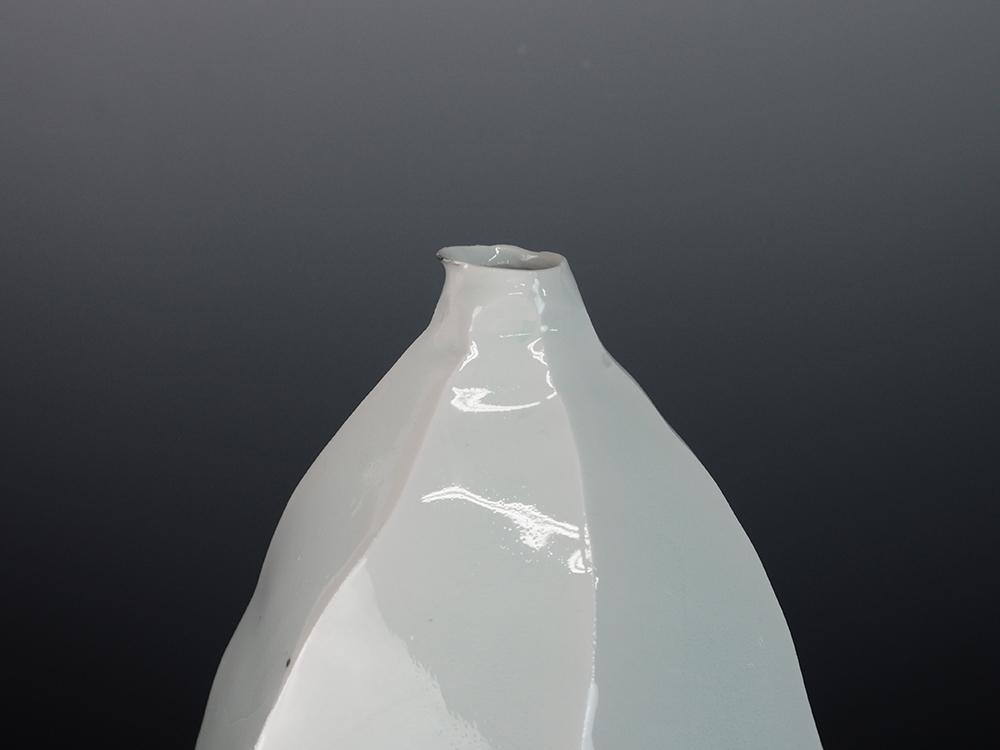KATO Tsubusa Vase No.5-8.jpg