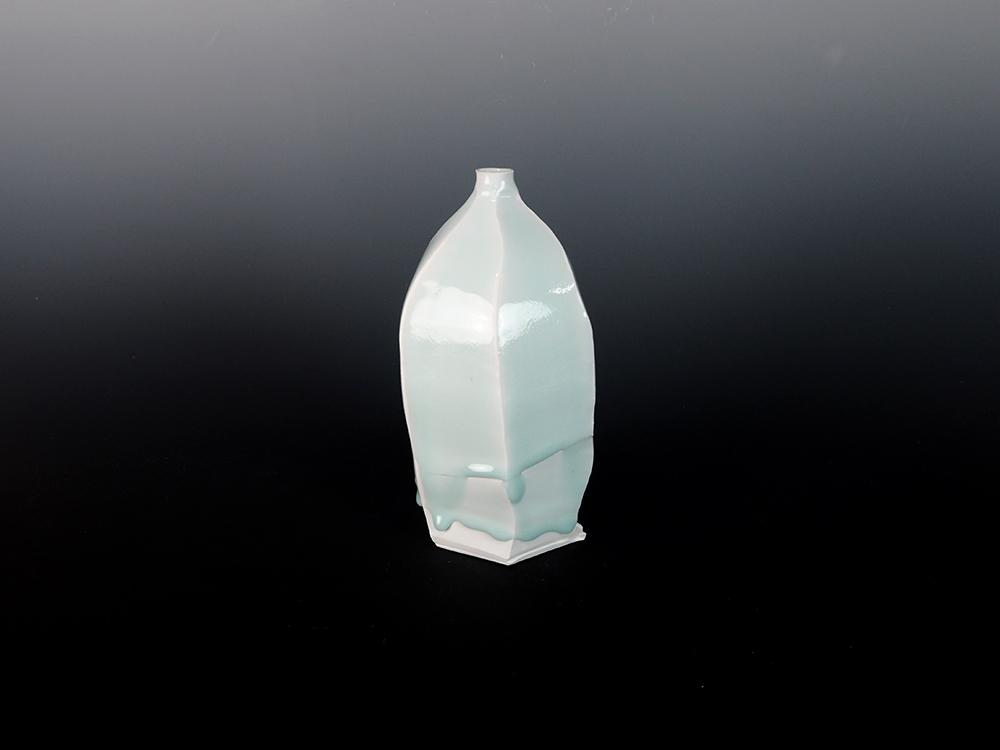KATO Tsubusa Vase No.6-1.jpg