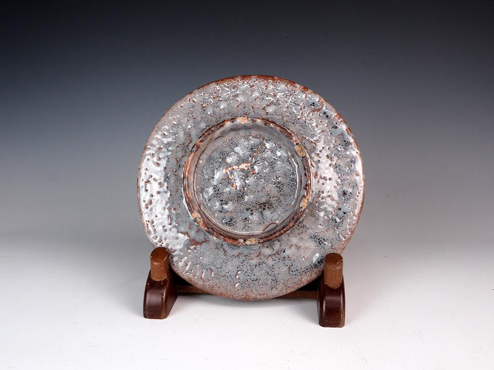 WAKAO Toshisada Gray Shino Round Plate -Half Moon- 4.jpg