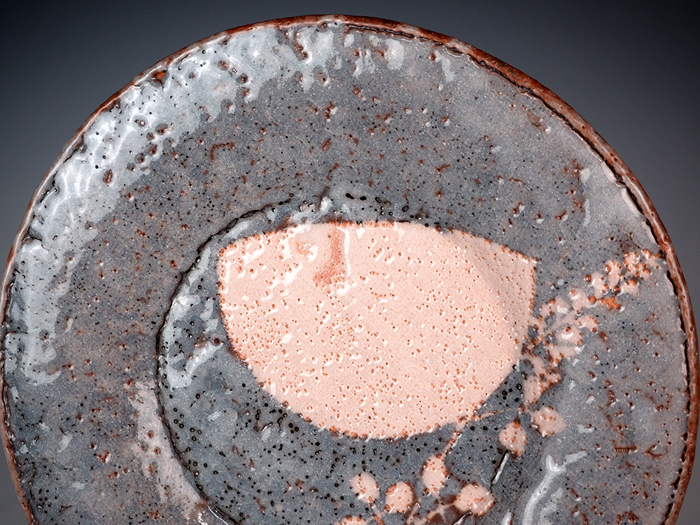 WAKAO Toshisada Gray Shino Round Plate -Half Moon- 3.jpg