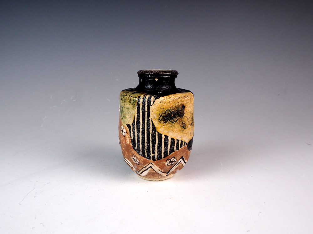 SUZUKI Goro Goribe Tea Caddy 1.jpg
