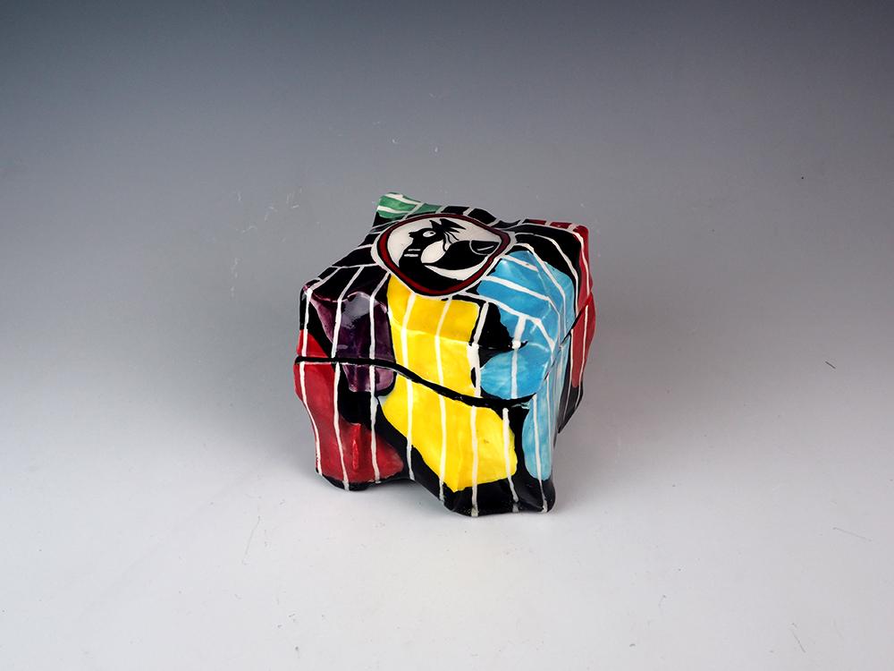 SUZUKI Goro Los Oribe Box 1.jpg