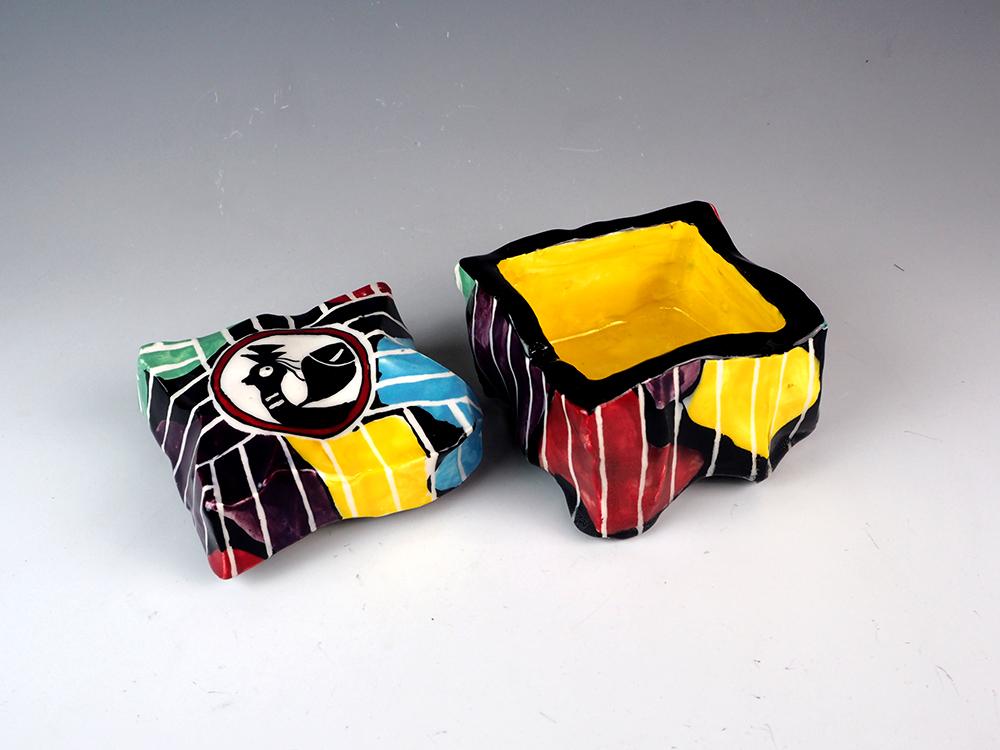 SUZUKI Goro Los Oribe Box 2.jpg