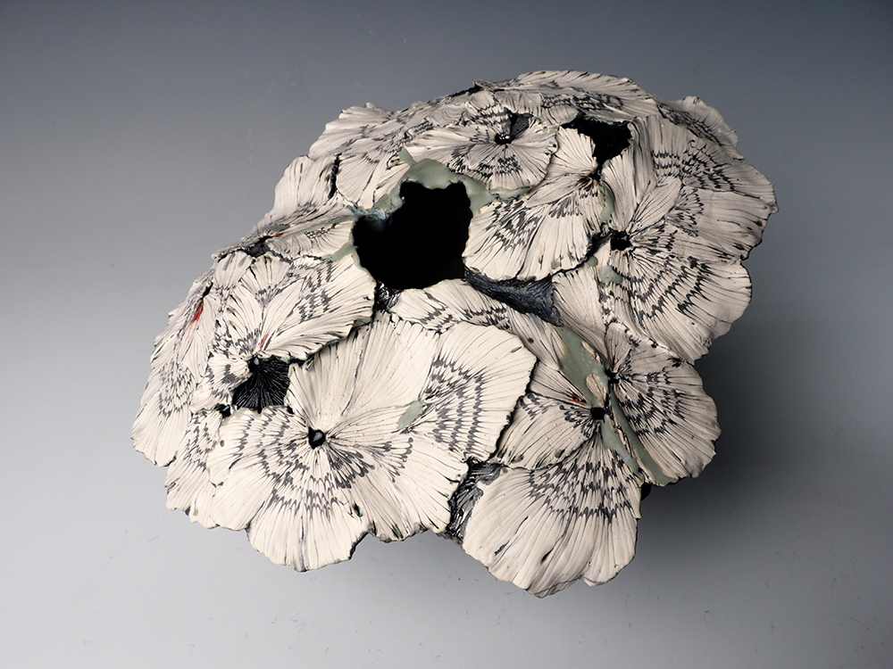 SHINGU Sayaka flower vase03.jpg