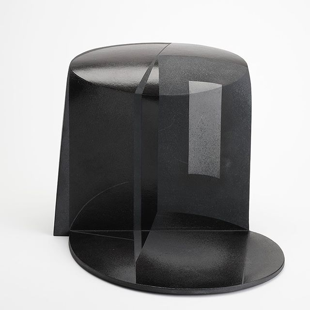Hayasi Yasuo (b.1928-)a pioneer contemporary ceramic artist in Japan.  His works on optical illusion and natural disasters.  #japaneseart; #japanesepottery;#japaneseartafterWWII; #design; #blackseries;#houses; #exhitioninkyoto