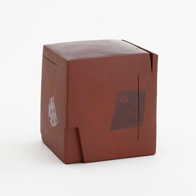 "HAYASHI Yasuo 林康夫 (1928- ) Memories of a House ""Sepia Film-2"", 2006 H12.5"" x W14"" x D7.5"", H31.7 x W35.5 x 19cm Stoneware.  #hayashiyasuo; #pioneerceramicartist; #kyotoceramiccenter; #daiichiarts; #japaneseceramic;#japanesedesign; #opticalillution; #blowglaze"