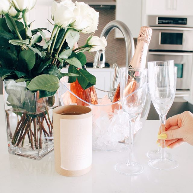 Girls Trip- a weekend away with your besties 👯 typically filled with lots of laughs, champagne, and new memories. Let us be a part of your trip by delivering flowers to your Air Bnb and a few bottles of bubbly 🥂 DM me today! •⠀⠀⠀⠀⠀⠀⠀⠀⠀ •⠀⠀⠀⠀⠀⠀⠀⠀⠀ •⠀⠀⠀⠀⠀⠀⠀⠀⠀ •⠀⠀⠀⠀⠀⠀⠀⠀⠀ •⠀⠀⠀⠀⠀⠀⠀⠀⠀ #Girlabouttownaz #partyplanning #meghanalfonso #scottsdale #az #arizona #azsmallbusiness #phxgirlboss #scottsdaleblogger #phxblogger #travelaz #aztravel #azairbnb #airbnb #scottsdaletravels #visitscottsdale #visitphx #visitaz #scottsdaleplanner #luxurytravel #scottsdale #az #visitarizona #trivago #scottsdalebachelorette #suitcasetravels #arizonavacation #vacationrentals #airbnbplus #W2AZ