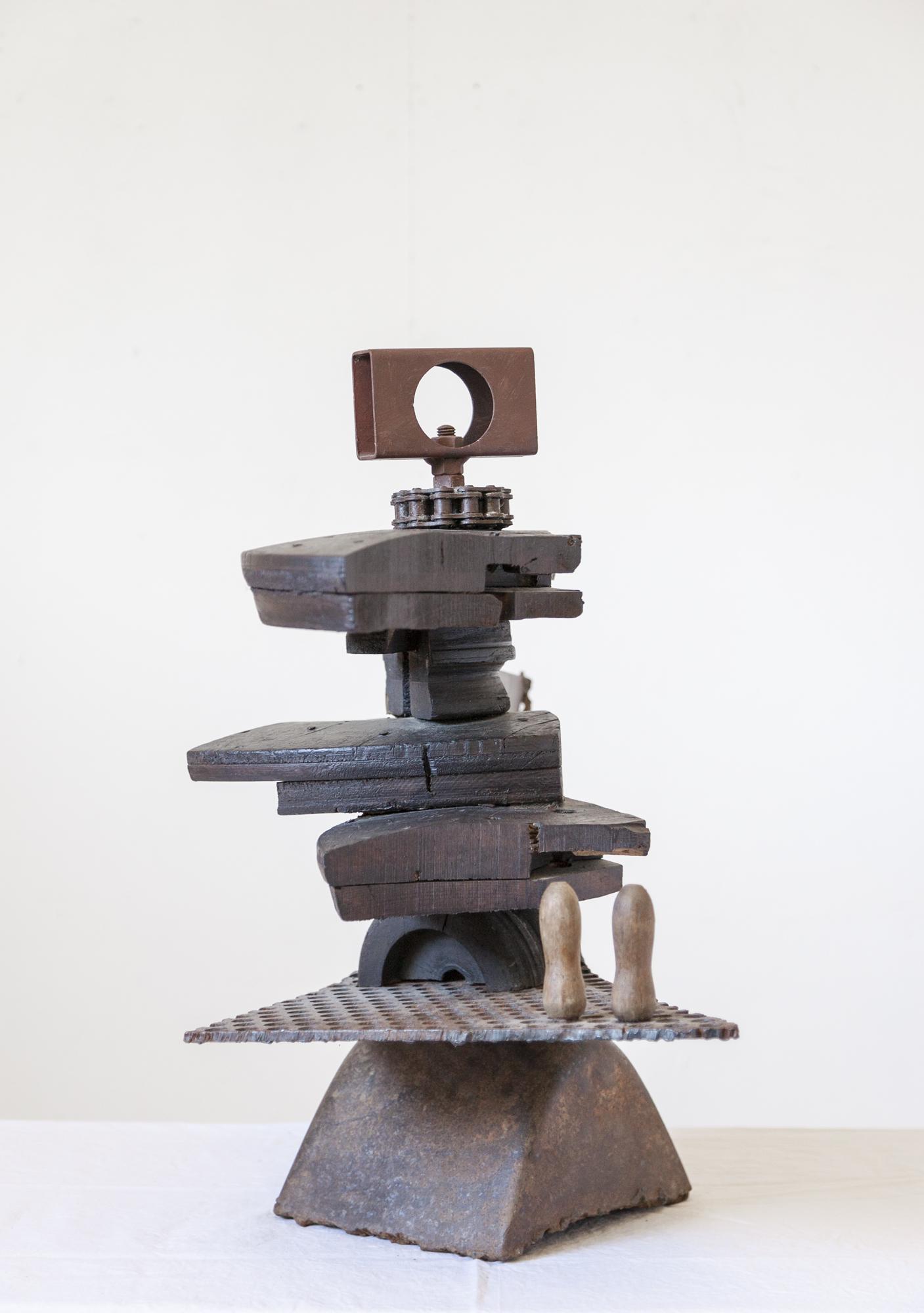 Randal-Arvilla-Mechanism-Sculpture