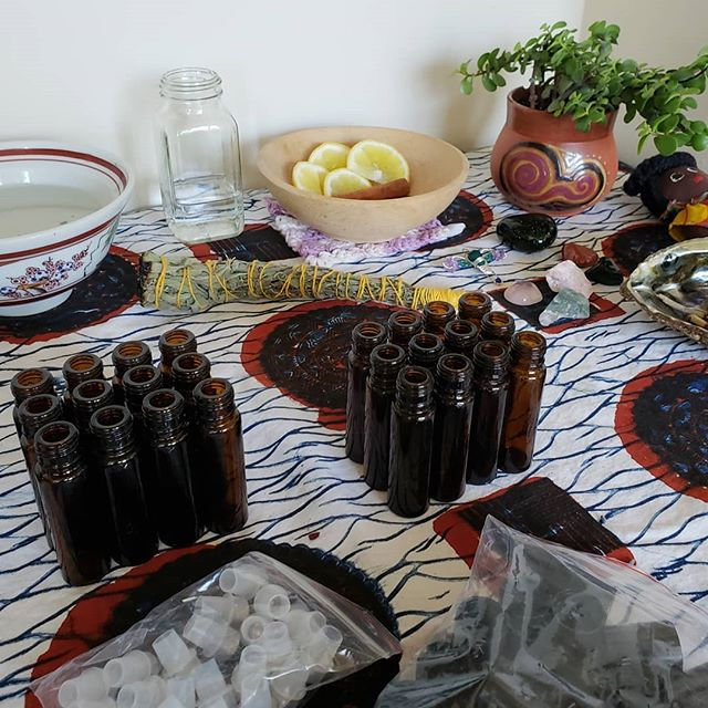 My roll on ritual oils were such a hit at the last market I'm making more for you all. **LOVE OIL** For attracting love, loving yourself, or sending love. **LEMON MINT** To connect with the ancestors, listen with your third eye, or feel your intuition.  They are also great fragrance oils. Check out my story for how it's made. Each roll on comes with a crystal in inside! $10 each.  I'll be at the Westown Farmers Market June 10th!!