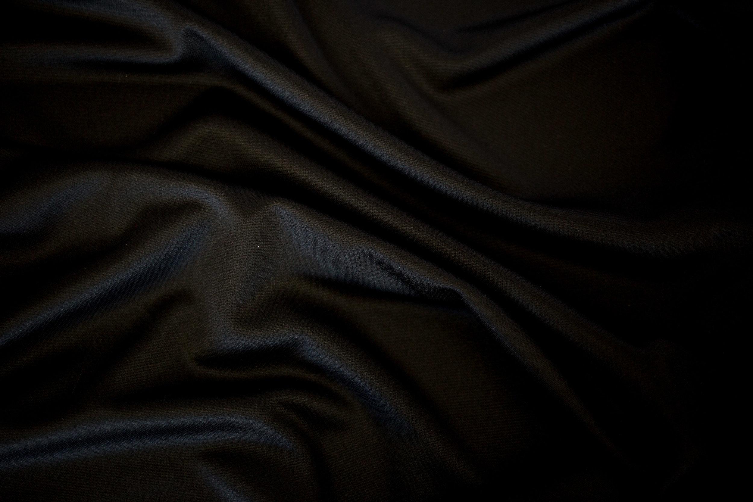 Black Underlay 1.jpg