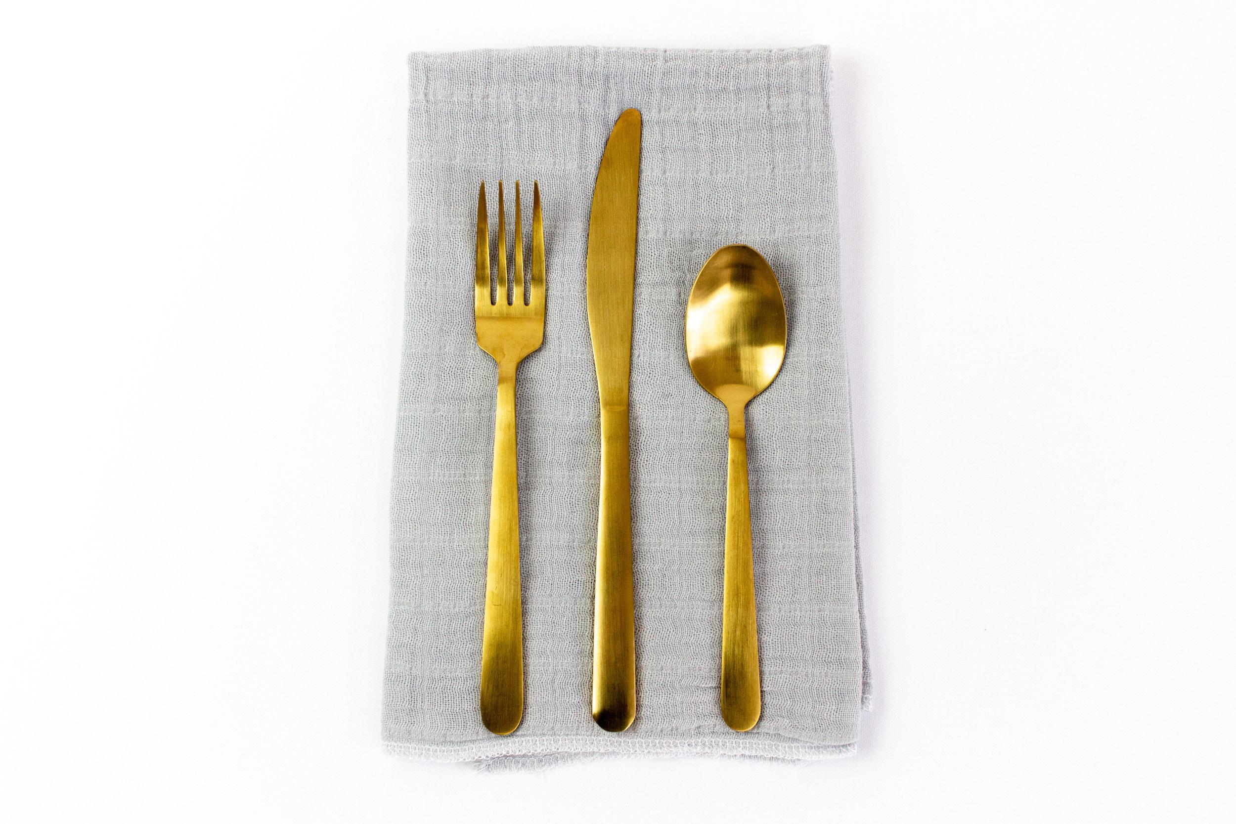 Gray Gauze Napkin with Gold Stemware.jpg