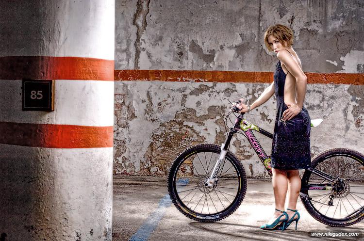 _nikigudex_off_bike_mod212.jpg