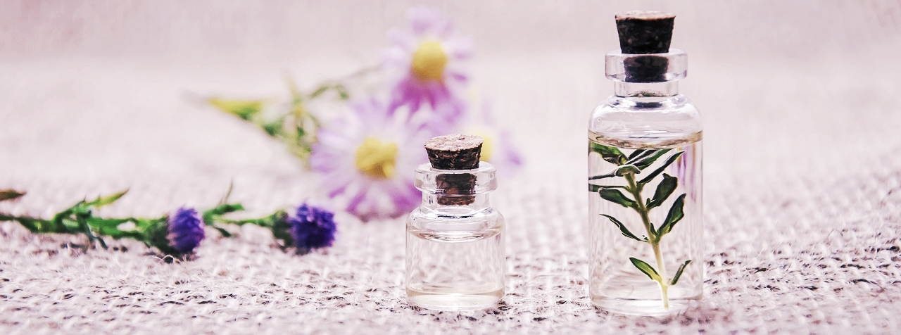 essential-oils-3084952_1280.jpg