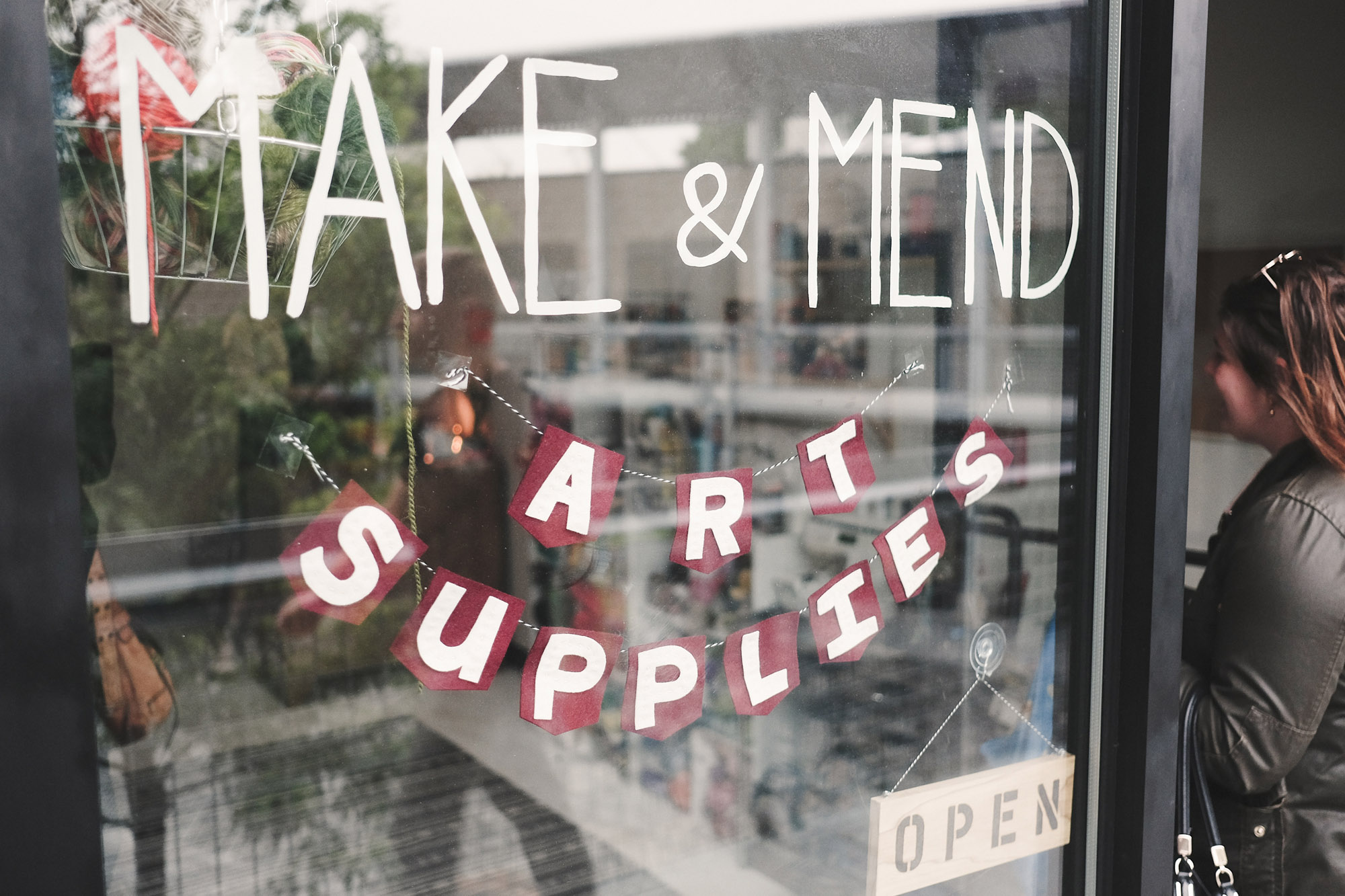 http://makeandmendsomerville.com