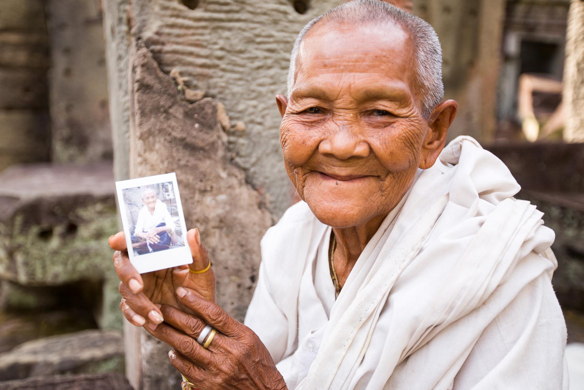 120417-075800-Cambodia-Angkor-Gavin-Gough.jpg
