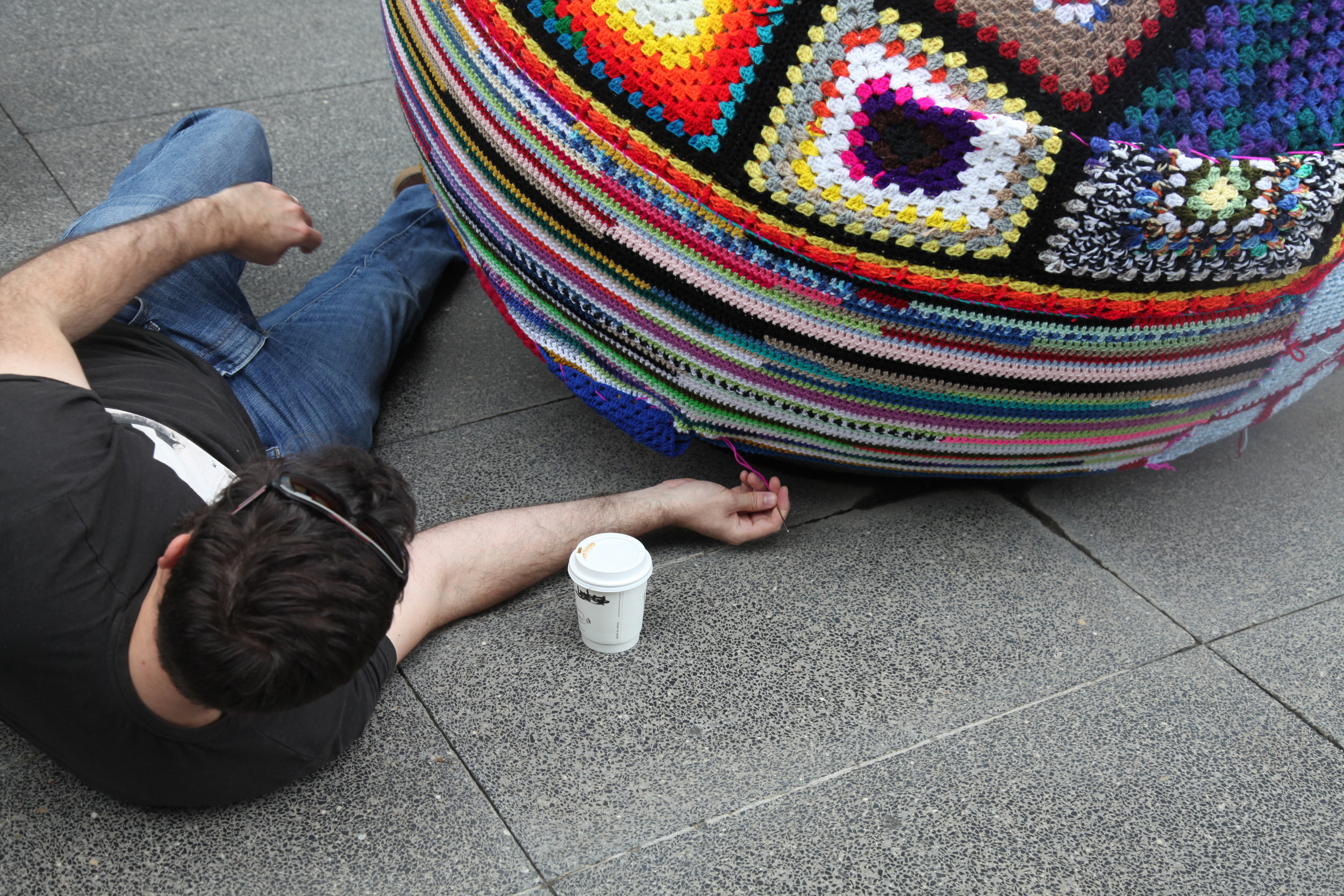 Creating a yarn bomb work of art 1705.JPG