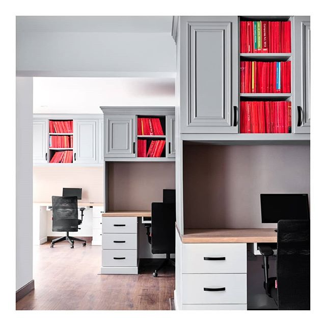 JustLaw | Did you know that a well-designed office space can make an impact in the success of a business? Keeping this in mind, we played with grey and white for a neutral feel and decked the cabinet shutters with moulding for a little bit of fun. __________  #officeinteriors #desk #interiordesign #interiors #decor #corporateinteriors #office #workspace #lawoffice #bangalore #purespaces #classicinterior #interiorstyling #makeover #love #lawyer #interiordesigner #decor #officedecor #iginteriors #desk #corporateoffice #style #wall #wallmolding #fridayfeeling