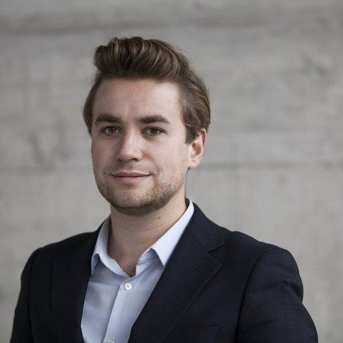 Julian Szenogrady   M.A.HSG, Business Analyst   Business- und Marktanalyst bei Conventec mit Erfahrung im Bereich Corporate Innovation und Startups sowie IT Produktmanagement bei einer grossen Schweizer Telecom-Unternehmung.   Mail   LinkedIn