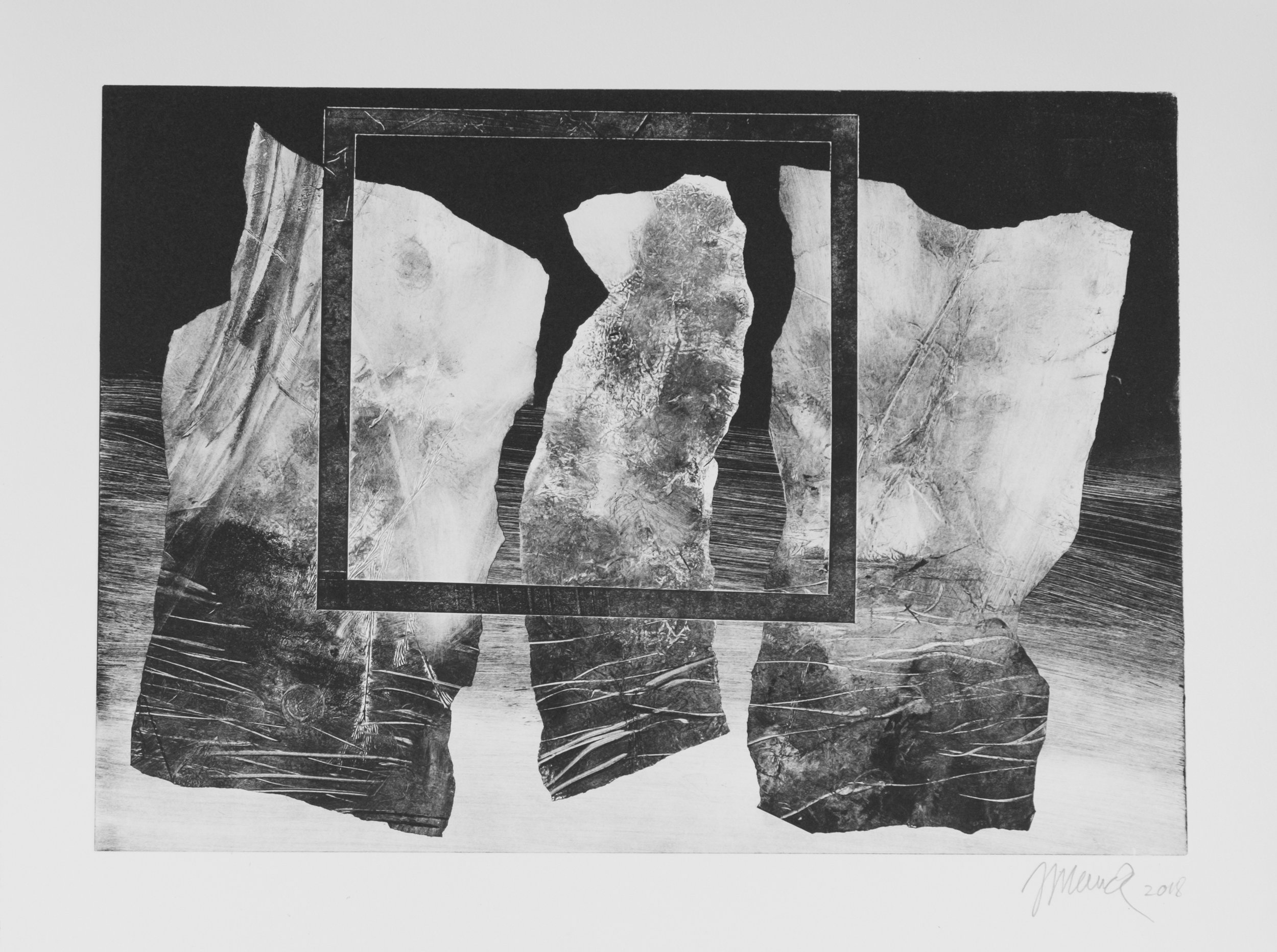 Forms on black 2 (34 cm x 24 cm)