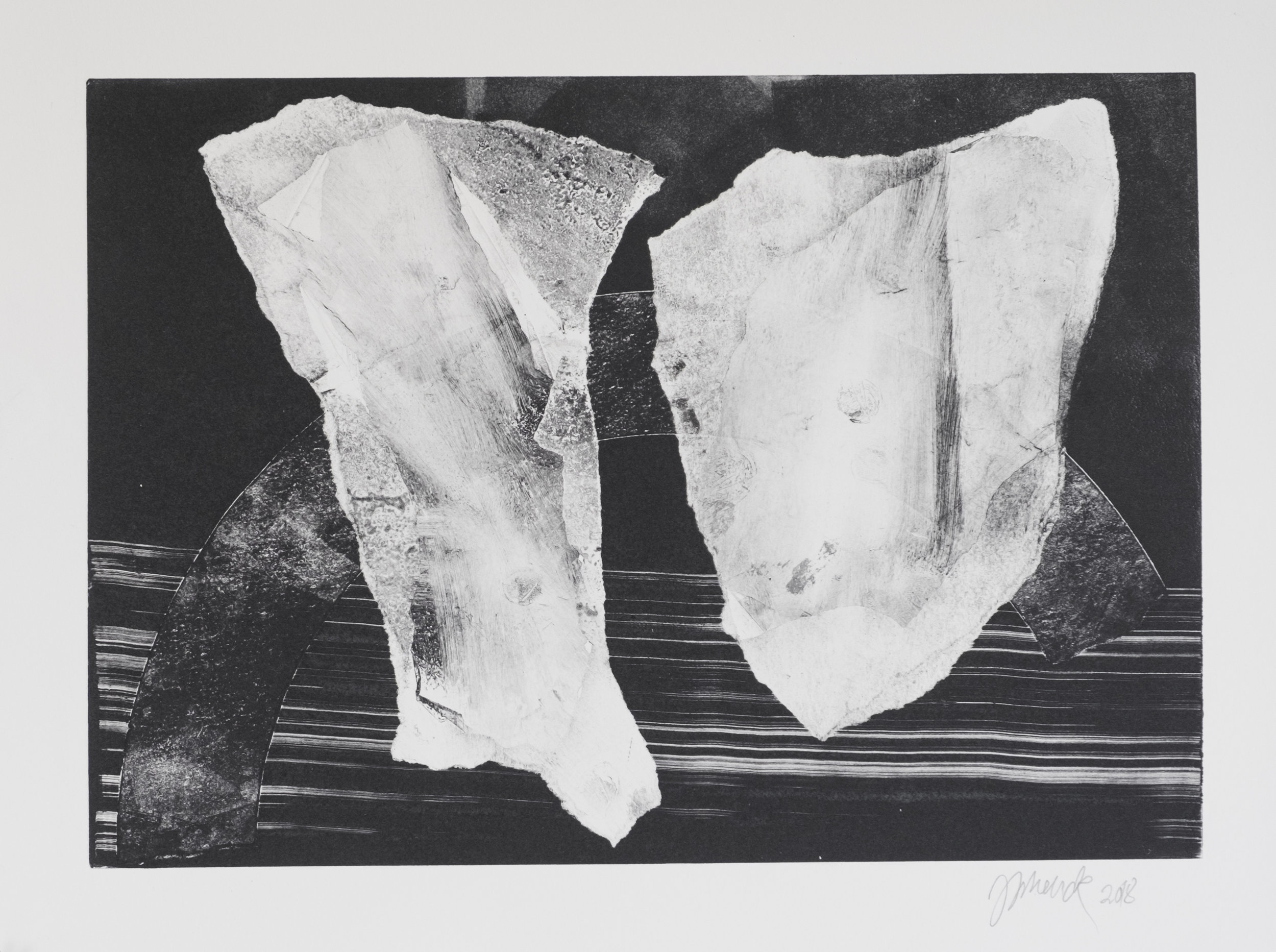 Forms on black 3 (34 cm x 24 cm)