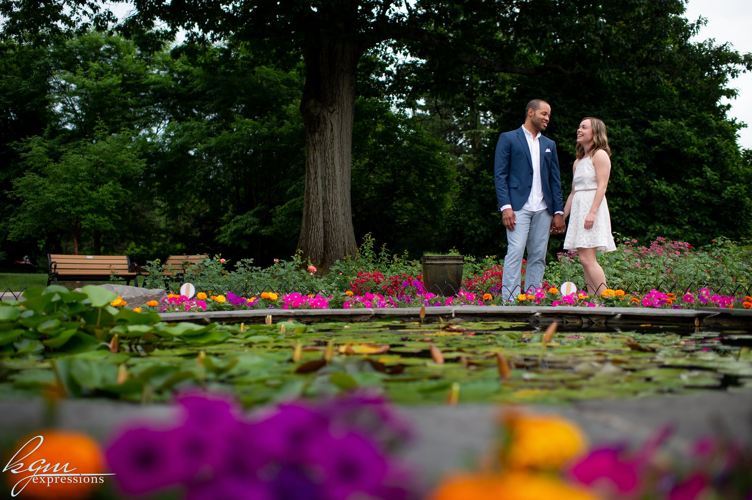Colonial Park Engagement Photos