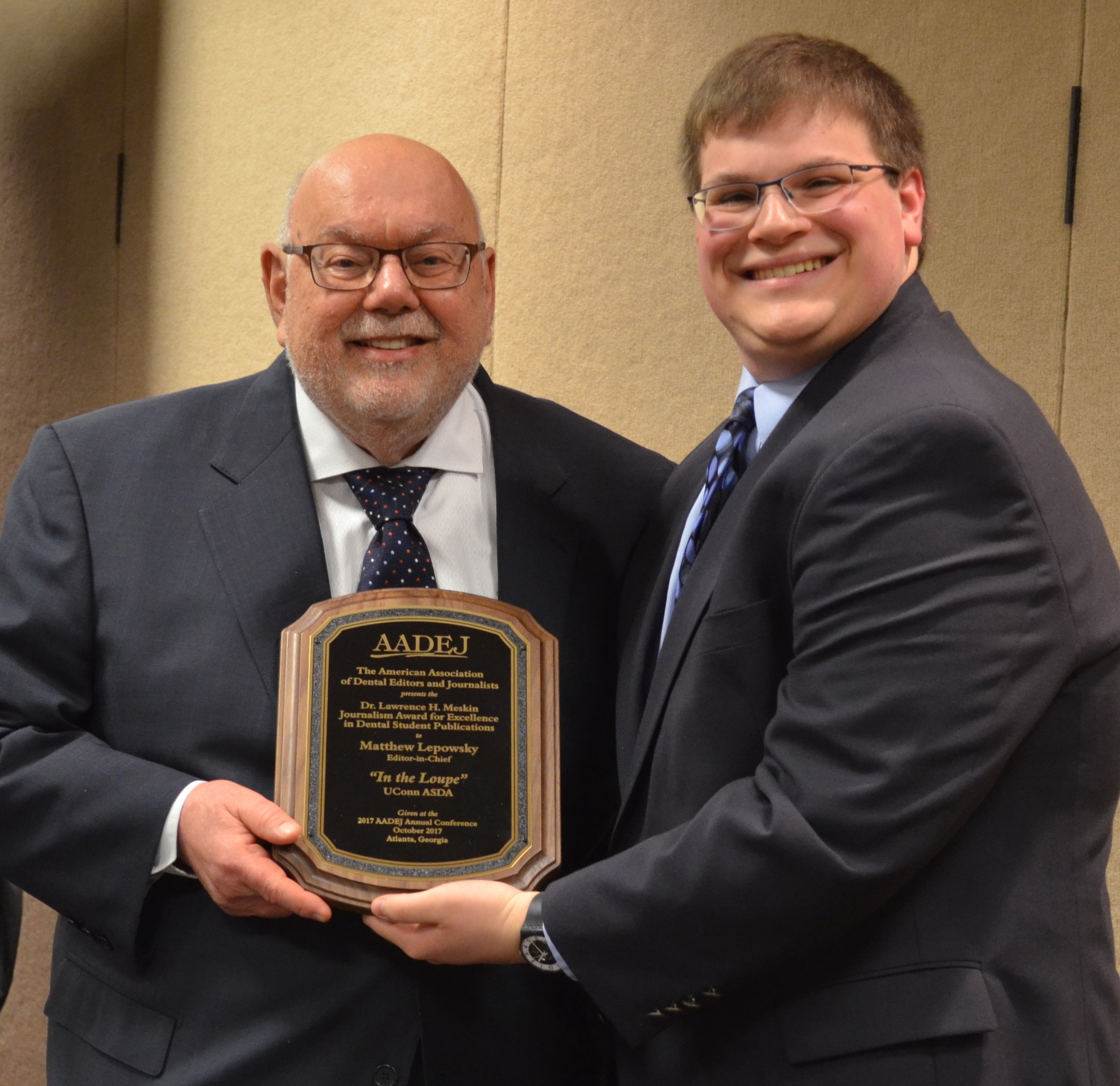 Matthew Lopowsky of UConn accepts the 2017 Meskin Journalism Award