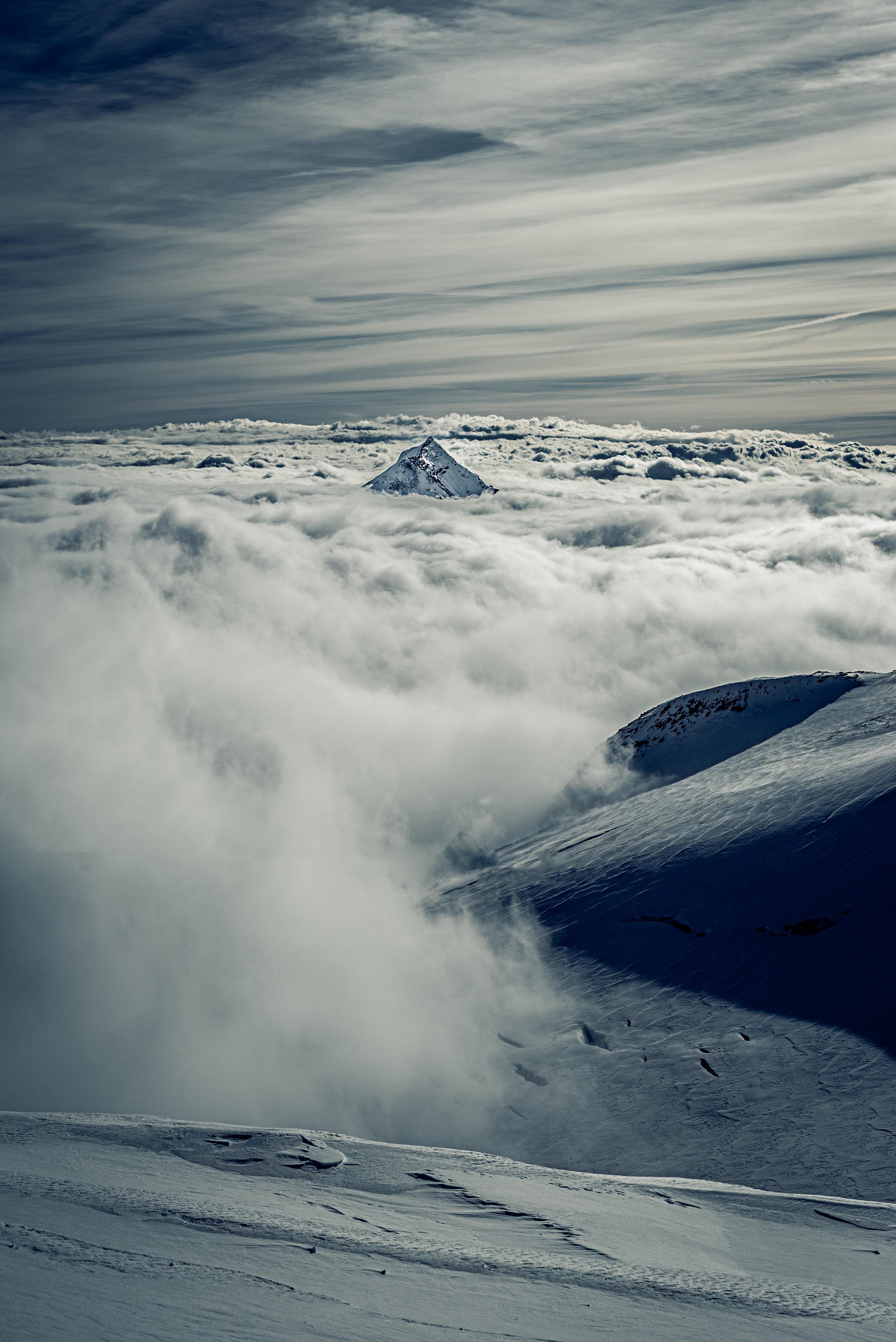 Cloudy_Solo_Peak_renrob©.jpg