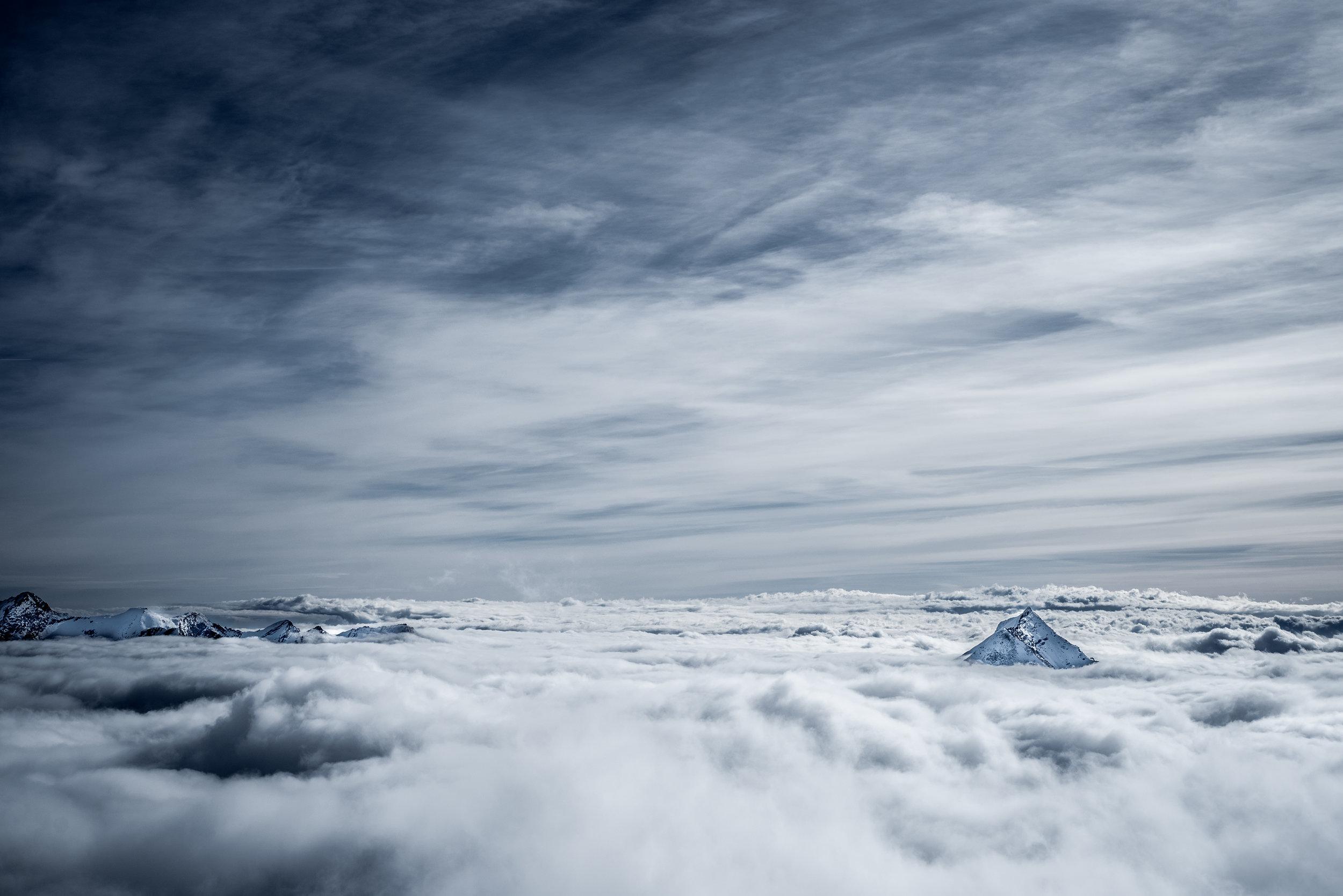 Switzerland_Mountain_renrob©-4.jpg