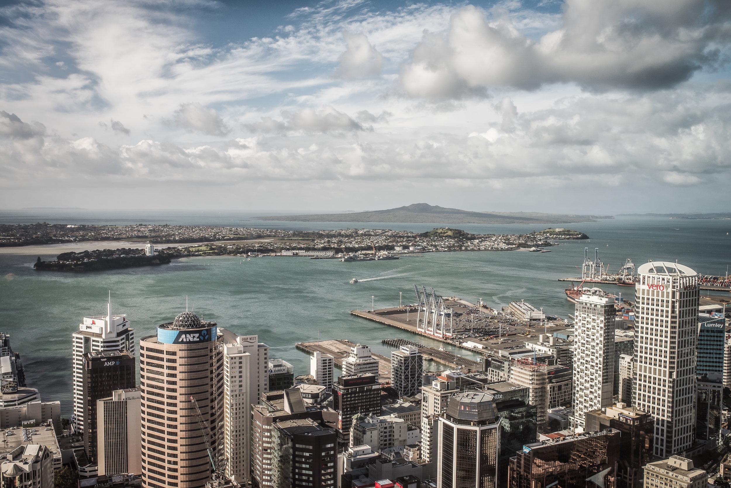 35mmSkyTower_city_renrob©.jpg