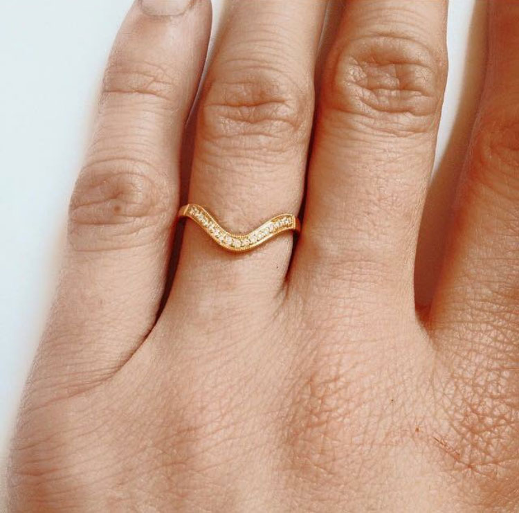 gold-diamond-engagement-ring.jpg