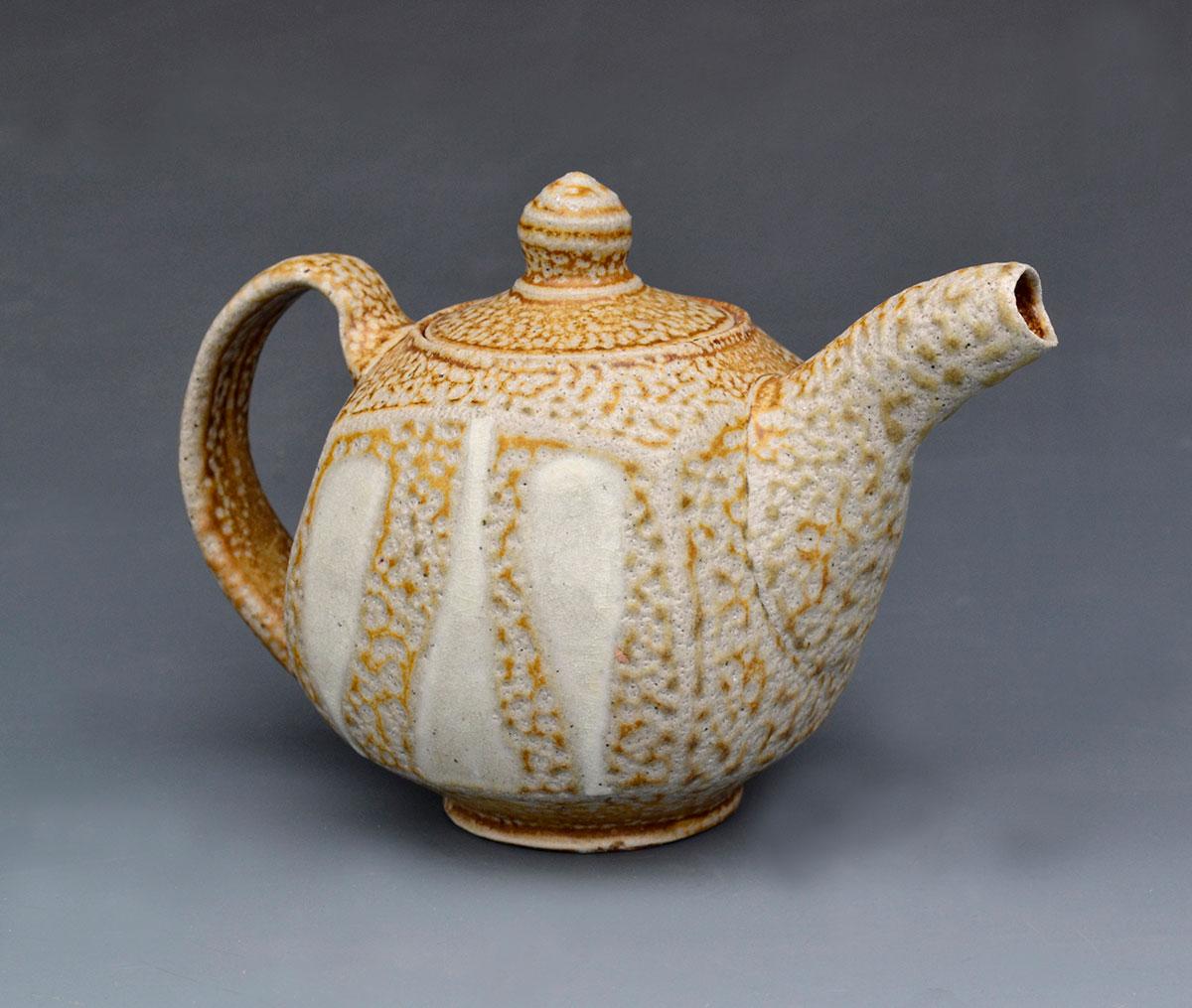 small-teapot-w-pours.jpg