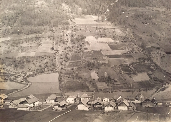 Le village Avrieux, en 1920.