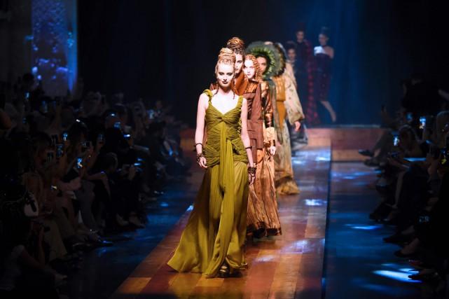 JPG robes hautes couture.jpg
