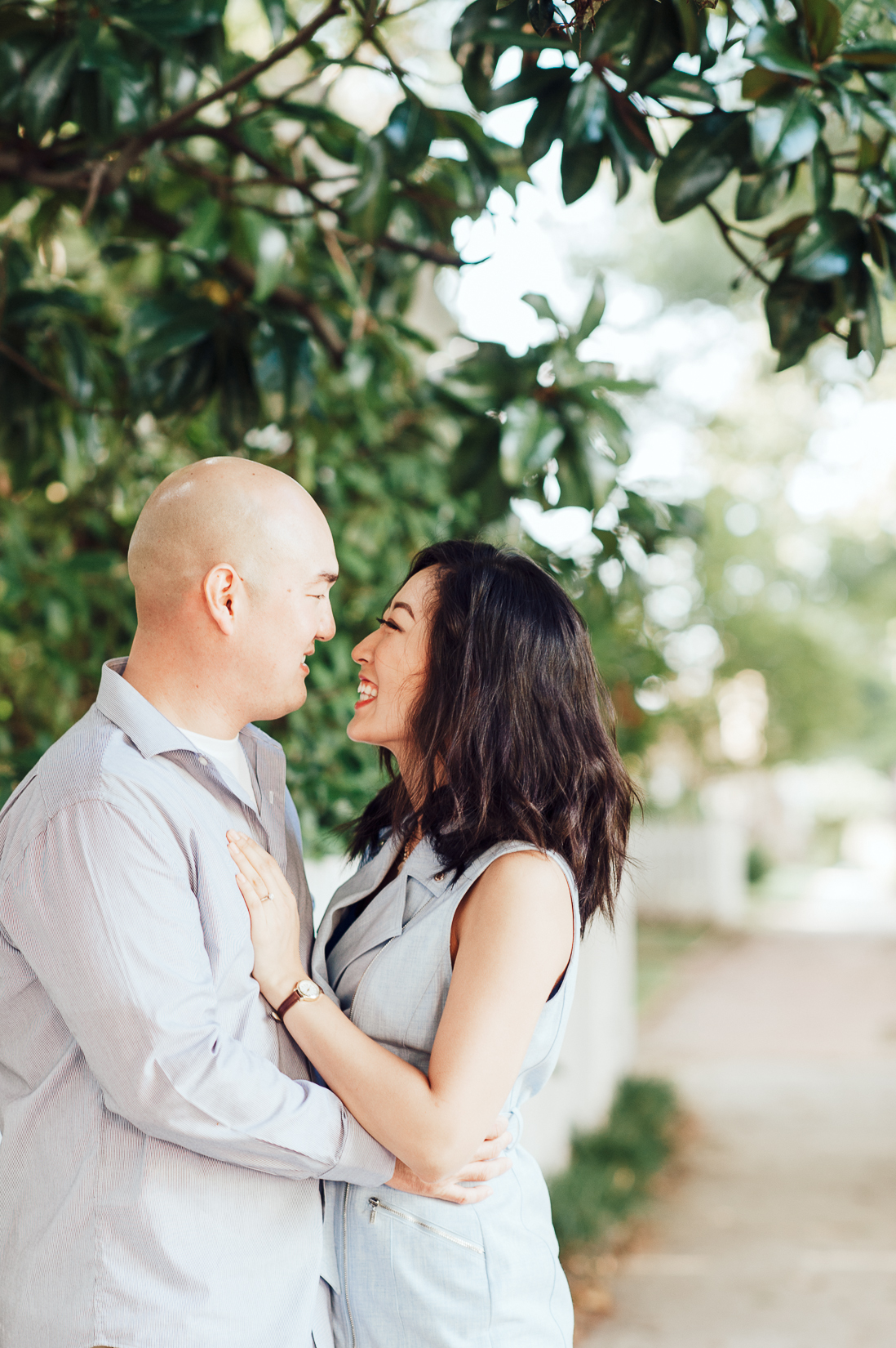 engagement_downtown_fredericksburg_virginiaweddingphotographer_youseephotography_HelenPaul (3).jpg